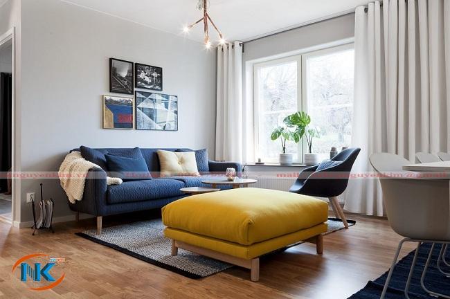 Thiết kế hài hòa màu sắc cho phòng khách nổi bật với bộ sofa