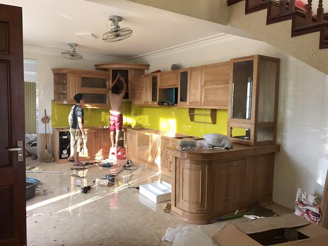 Bộ tủ bếp đang trong quá trình thi công tương đối hoàn thành