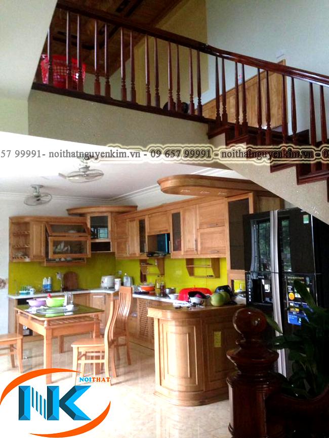 Bộ tủ bếp sồi nga đã bàn giao và trong quá trình sử dụng của gia đình anh Phương