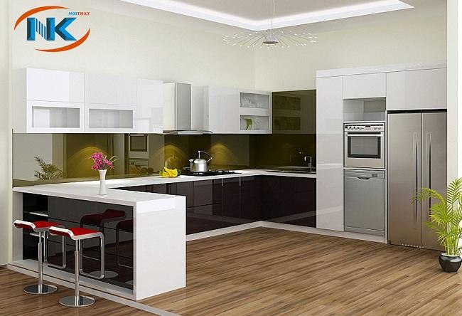 Thiết kế tủ bếp nhựa dáng chữ u hiện đại có quầy bar cho không gian bếp sang trọng, tiện nghi tạo nên không gian sống lý tưởng cho gia đình