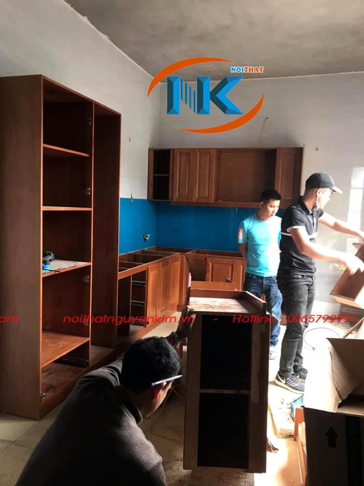 Thi công tủ bếp gỗ sồi nga nhà anh Gióng, Thủy Nguyên, Hải Phòng