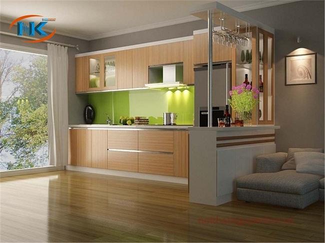 Tủ bếp laminate chữ L có quầy bar , tủ rượu rất hiện đại. Một không gian bếp tuyệt vời ai cũng mơ ước
