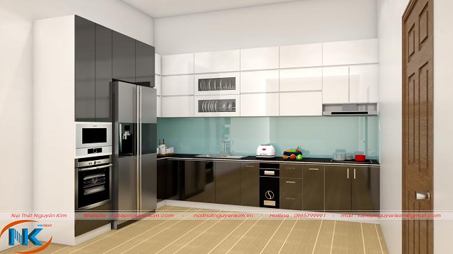 Sự hài hòa trong cách lựa màu trắng kết hợp xám và nâu cho mẫu tủ bếp gỗ acrylic thêm hiện đại với tủ bếp trên 3 tầng