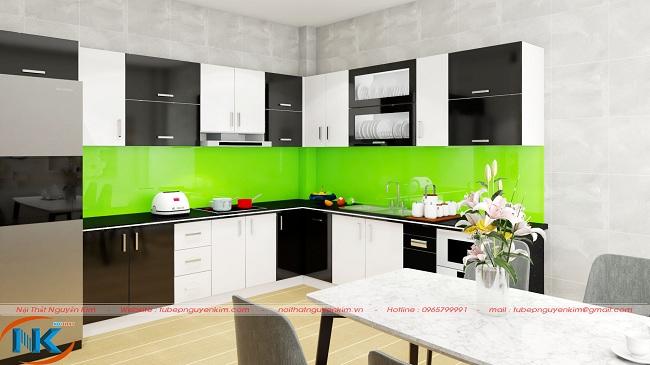 Sự đan xen màu trắng với màu đen cho thiết kế tủ bếp acrylic chữ L rất đặc biệt, độc đáo mà rất hiện đại