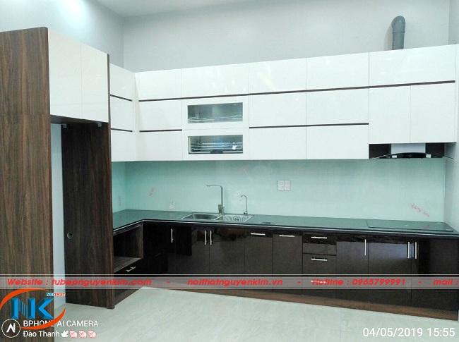 Ảnh thực tế thi công tủ bếp acrylic nhà anh Cường, Từ Sơn, Bắc Ninh