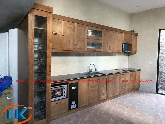 Tủ bếp chữ I chất liệu gỗ sồi nhà chị Hoa, Thanh Trì