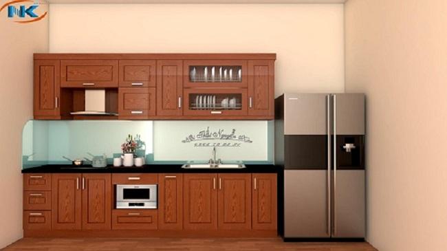 Tuy nhỏ xinh mà mẫu tủ bếp chữ I gỗ xoan đào này vẫn đáp ứng đầy đủ công năng chính của nhà bếp