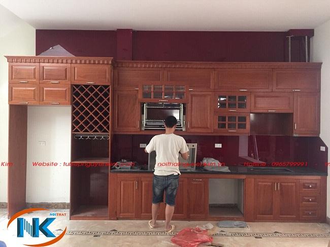 Thi công tủ bếp gỗ xoan đào chữ I nhà cô Hoa, Xuân Đỉnh, Bắc Từ Liêm, Hà Nội