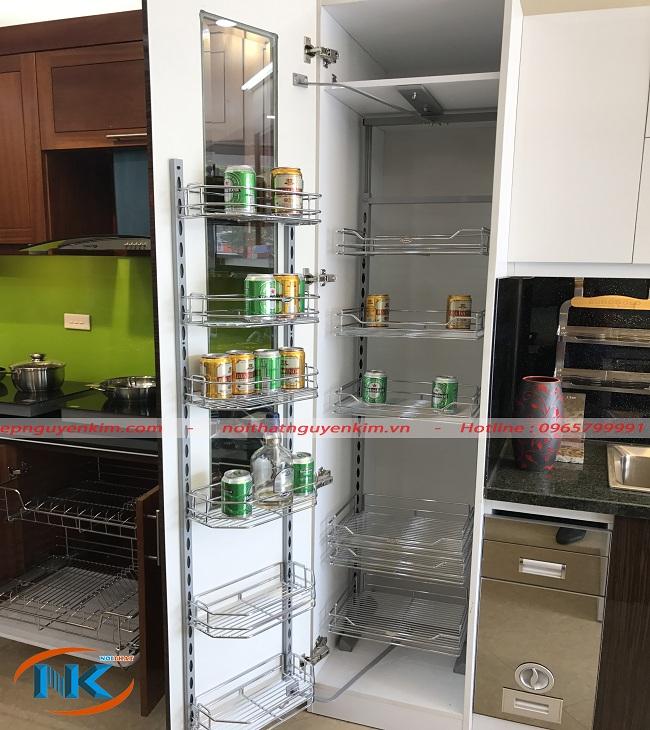 Tủ kho cho căn bếp gọn gàng, cất trữ nước, rượu bia đồ khô tránh hư hại do côn trùng gây ra