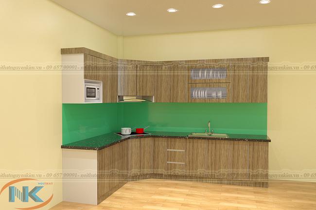 Màu vân gỗ rất ấn tượng cho mẫu tủ bếp chữ L gỗ laminate