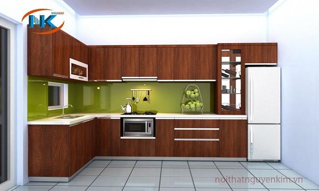 Tủ bếp gỗ laminate chữ l rất hiện đại, sang hơn bởi màu vân gỗ