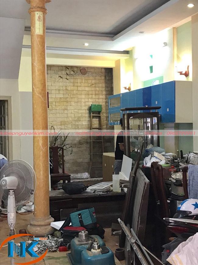 Tủ bếp acrylic đang thi công tại nhà chị Hà, Đội Cấn, Ba Đình