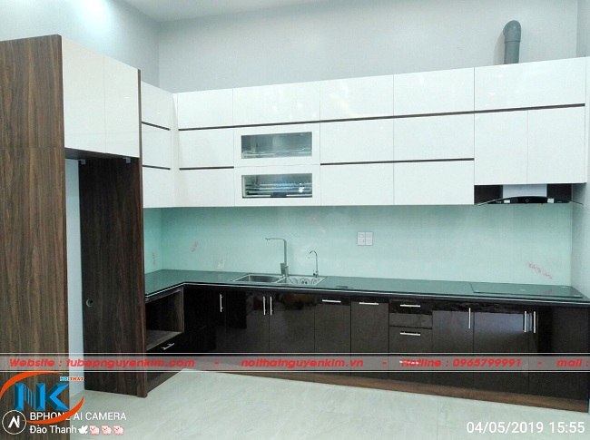 Thực tế tủ bếp acrylic gia đình thi công tại nhà anh Cường, Từ Sơn, Bắc Ninh