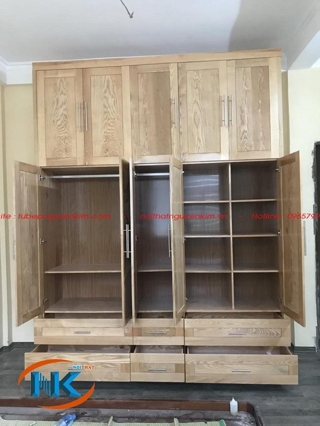 Tủ áo gỗ sồi mỹ được thiết kế với nhiều ngăn để đồ vô cùng gọn gàng, ngăn nắp