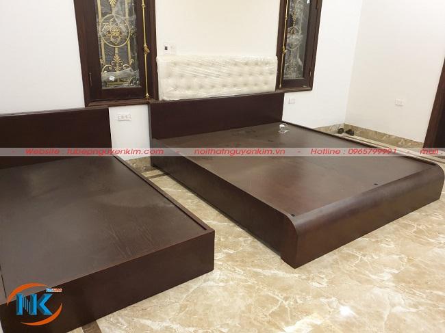 Giường ngủ chất liệu gỗ sồi nga sau khi thi công xong