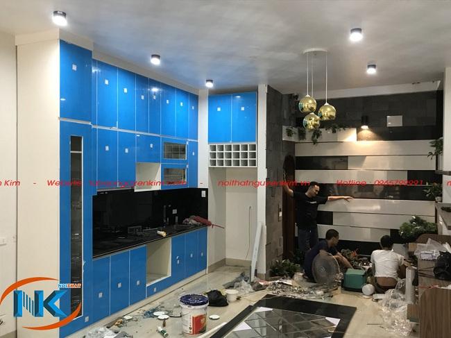 Thi công nhanh gọn chỉ một ngày làm việc đã hoàn thành tủ bếp cho gia đình chị Bình