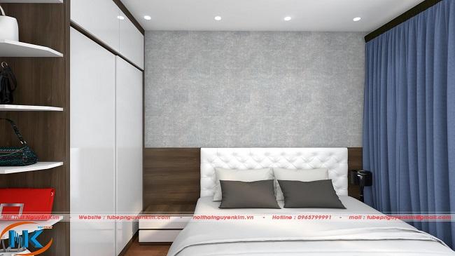Tủ áo cánh trắng kết hợp màu nâu vân gỗ, kệ trang trí tạo điểm nhấn cho phòng ngủ thêm ấn tượng