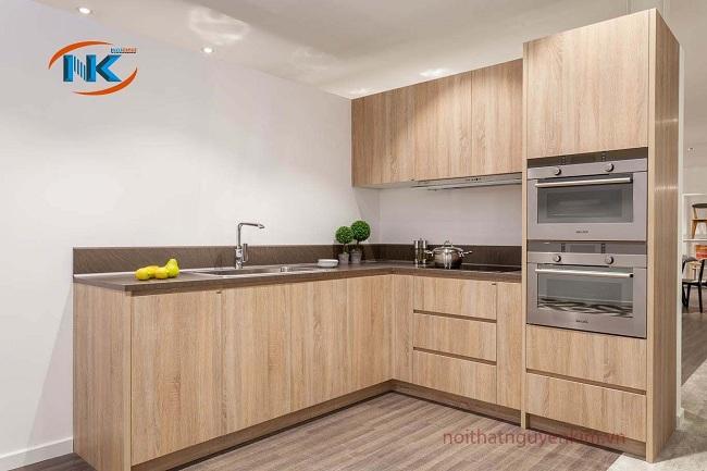 Độ bền cao với sắc màu vân gỗ chuẩn gỗ tự nhiên trên chất liệu laminate